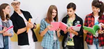 PUBLIC LECTURES FOR SECONDARY SCHOOL GRADUATES AT COLLEGIUM CIVITAS