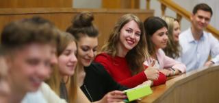 Collegium Civitas w ścisłej czołówce rankingu Perspektyw
